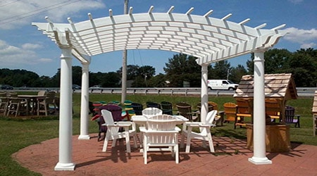 prix d 39 une pergola en pvc co t moyen tarif d 39 installation. Black Bedroom Furniture Sets. Home Design Ideas