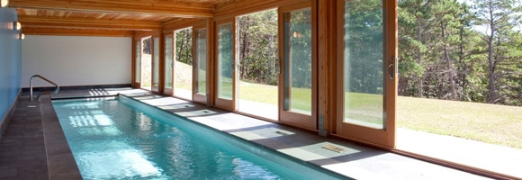 Prix d 39 une piscine d 39 int rieure co t de construction for Prix piscine interieur