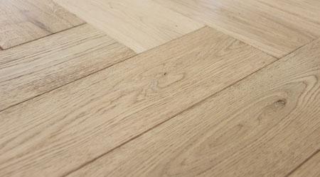 prix d 39 un plancher en bois co t moyen tarif de pose prix pose. Black Bedroom Furniture Sets. Home Design Ideas