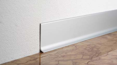 Prix de pose de plinthe tarif moyen co t d 39 installation for Plinthe renovation