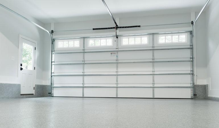 Prix d'une porte de garage électrique : Motorisation à chaine