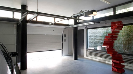 Prix d 39 une porte de garage co t moyen tarif d for Installation porte de garage enroulable