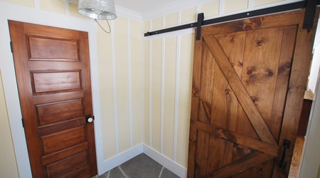 Prix d'une porte intérieure en bois massif
