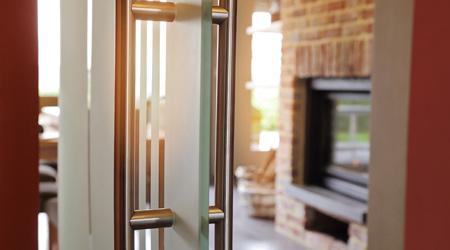 Prix d'une porte intérieure en verre antieffraction