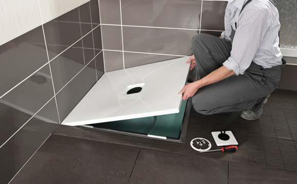 Poser un receveur de douche extra plat pratique et design - Pose receveur extra plat sur carrelage ...