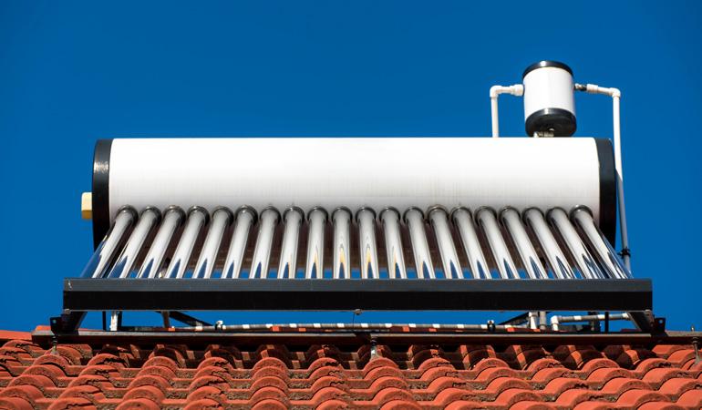 Quel est le prix d'un chauffe-eau solaire selon les systèmes