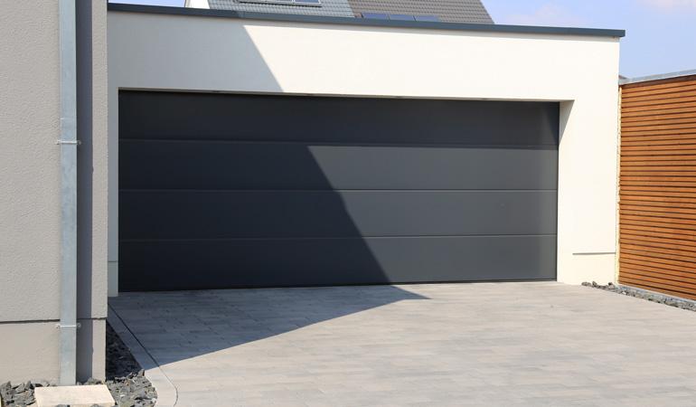 Quel est le prix d'une porte de garage selon les types d'ouvertures