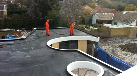 La réalisation d'une étanchéité de toit terrasse