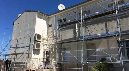 Réalisation d'une peinture de façade
