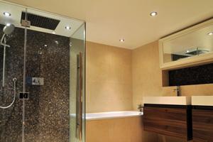 Création ou rénovation d'un faux plafond dans ma salle de bain