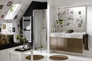 Osez la salle de bain sous comble ou sous pente !