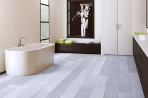 Choisir un sol PVC à poser dans sa salle de bain