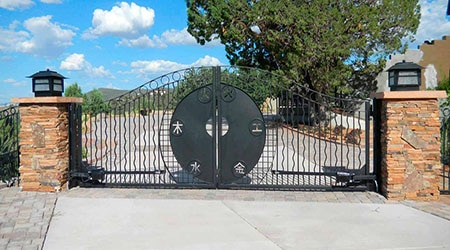 Prix d'un portail sur mesure en acier