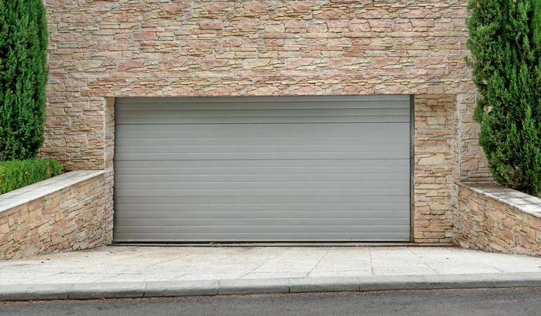 Tarif d'une porte de garage enroulable