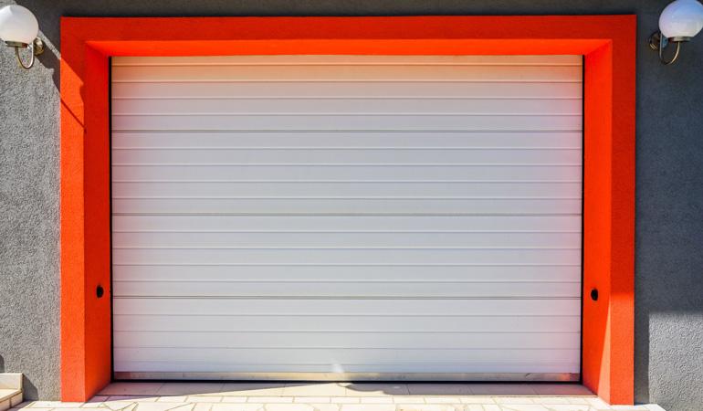 Tarif d'une porte de garage selon les matériaux