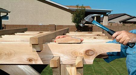 Prix d 39 une pergola en bois tarif moyen co t de for Cout construction bois