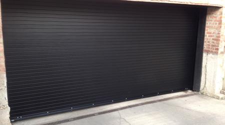 Tarif de pose d'une porte de garage enroulable