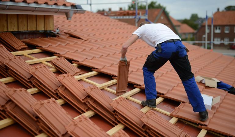 Tarif d'une toiture en tuiles au m² : Construction ou rénovation
