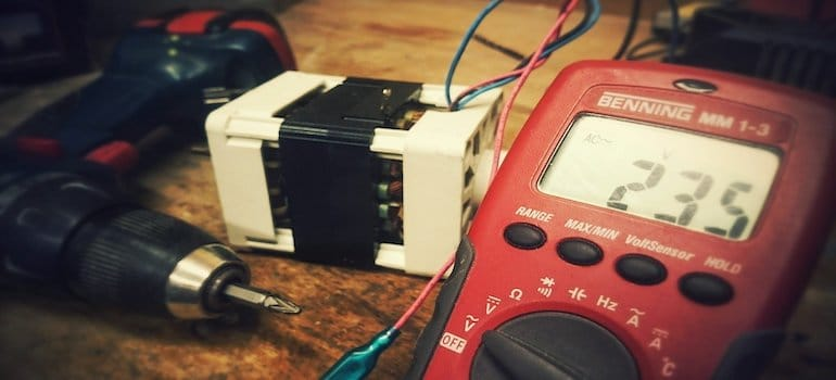 Test compteur électrique avec un multimètre