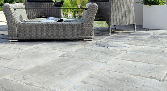 Quel type de carrelage ou de pierre pour votre terrasse ?