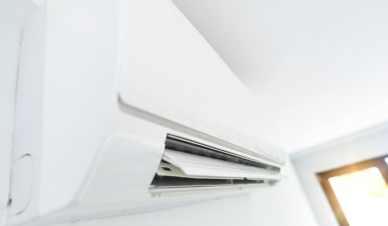 Unité split intérieure pour une climatisation solaire
